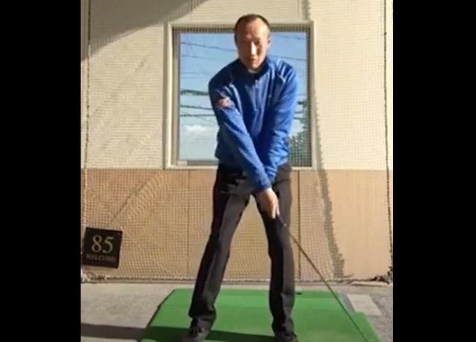 ゴルフスイングをスムーズにさせる